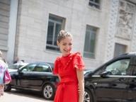 赤いヴィンテージドレスでつくるガーリーなサマースタイル