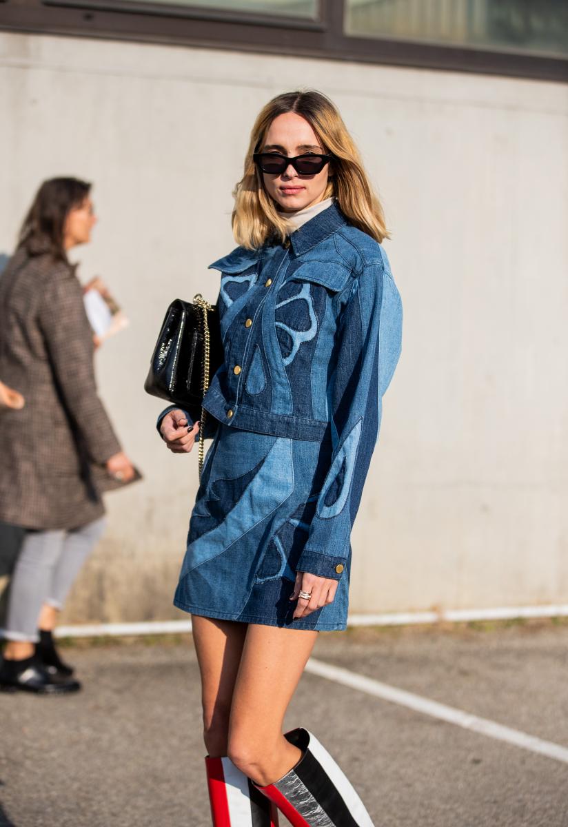 コケティッシュに着るデニムジャケット&ミニスカート