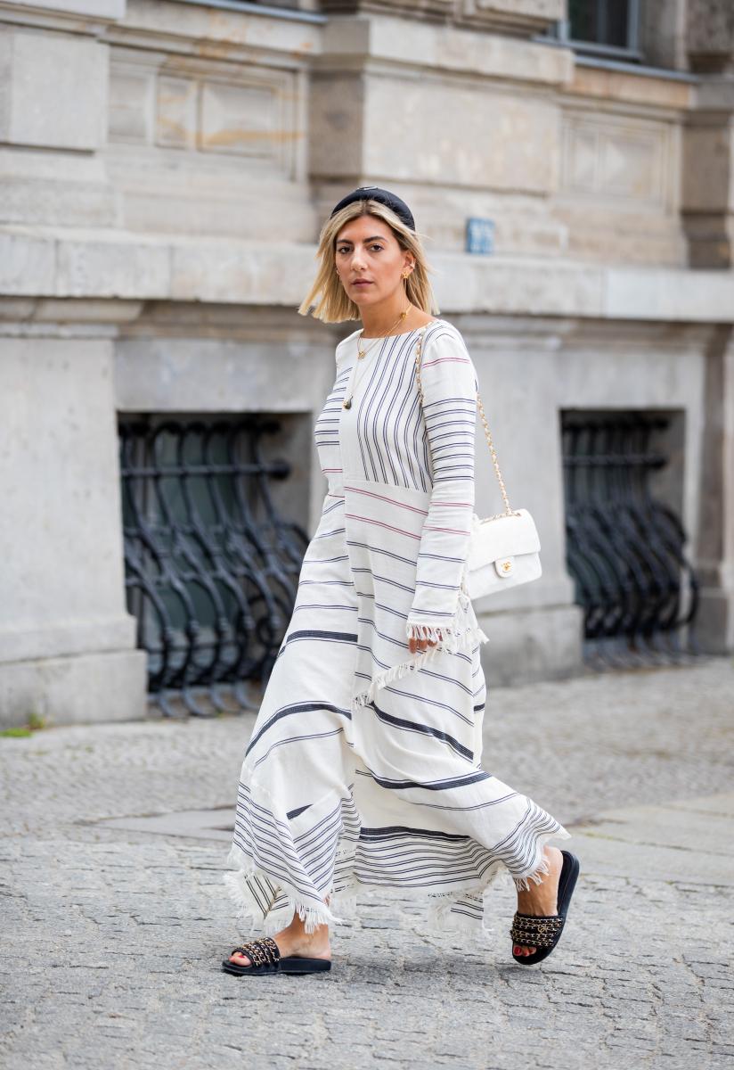 長袖&ロング丈でつくる、大人のサマースタイル