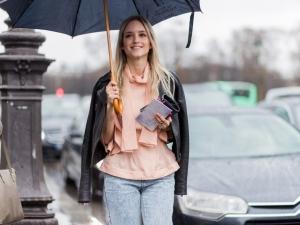 雨の日、ファッショニスタは何を着る?