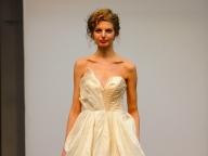CAROL HANNAH/キャロル・ハンナのアシンメトリードレス