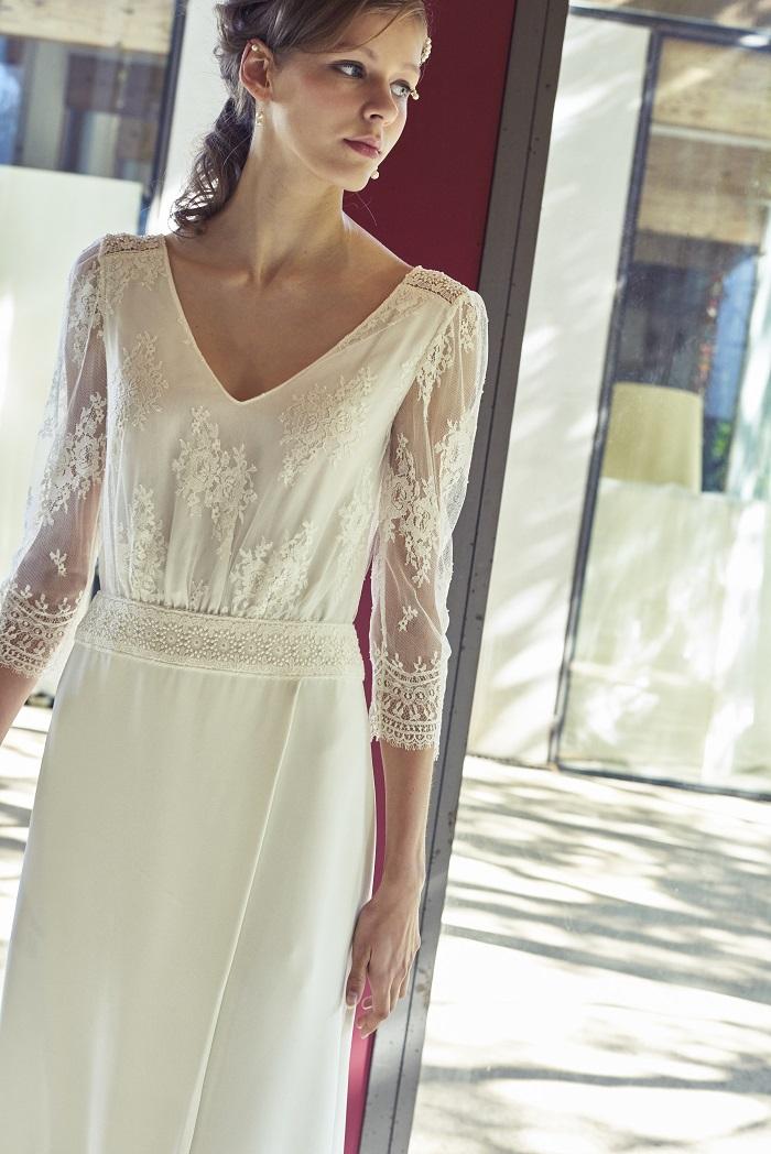 エフォートレスな雰囲気で人気を誇るブランドのニューカマー。ドレス¥230,000(レンタル)/ロール ド サガザン