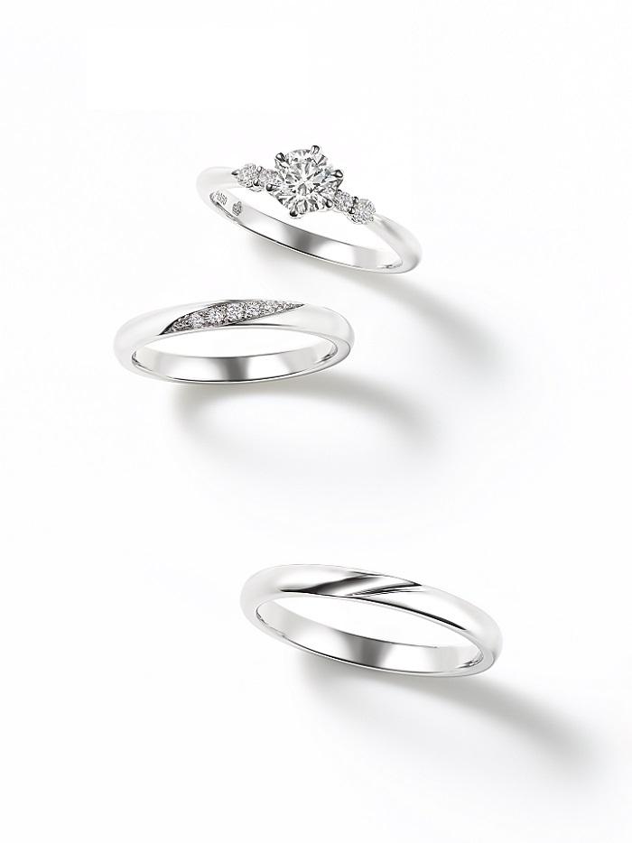「クラウン」(上)エンゲージメントリング〈Pt、ダイヤモンド0.17ct~〉¥256,000~、(中)マリッジリング〈Pt、ダイヤモンド〉¥120,000、(下)マリッジリング〈Pt〉¥95,000