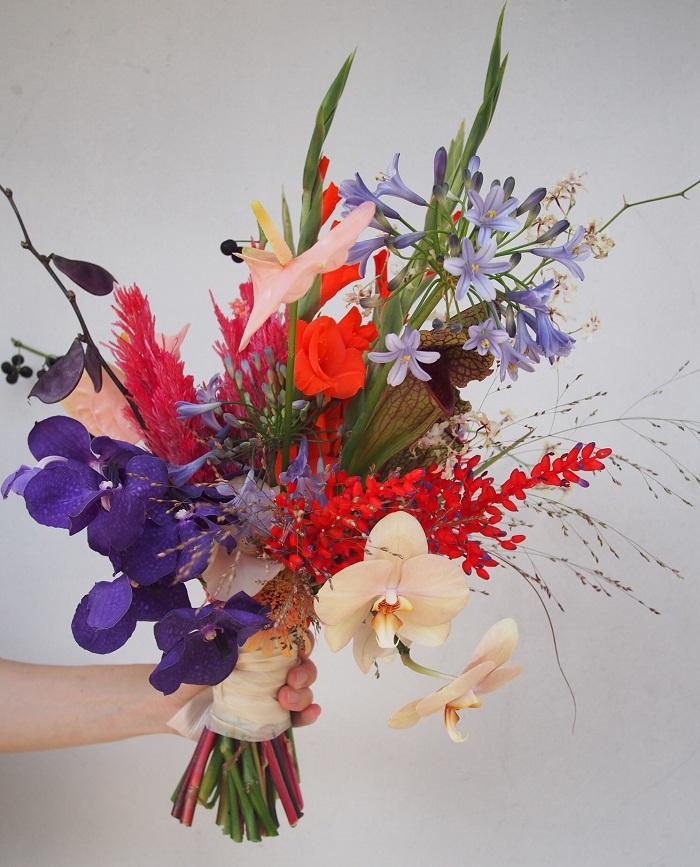 【duft/アートのように飾りたい、モダンな色合わせの花束】