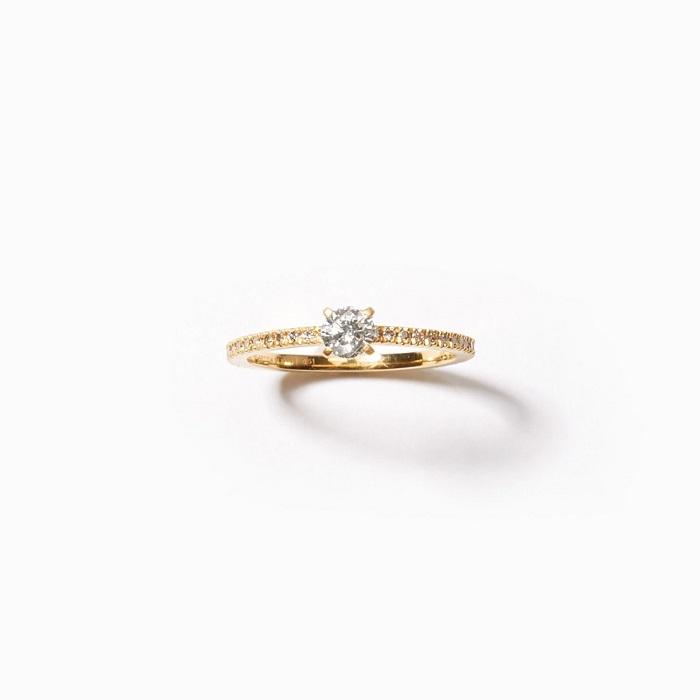 「サフィード」パヴェ エタニティ エンゲージメントリング〈K18+YGP**、ラボグロウンダイヤモンド0.25ct〉¥187,000 *YGのメッキ加工