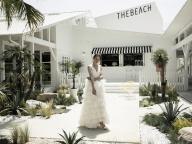 ウェディングポップアップも開催! リゾート気分に誘う「THE BEACH」が横浜にオープン