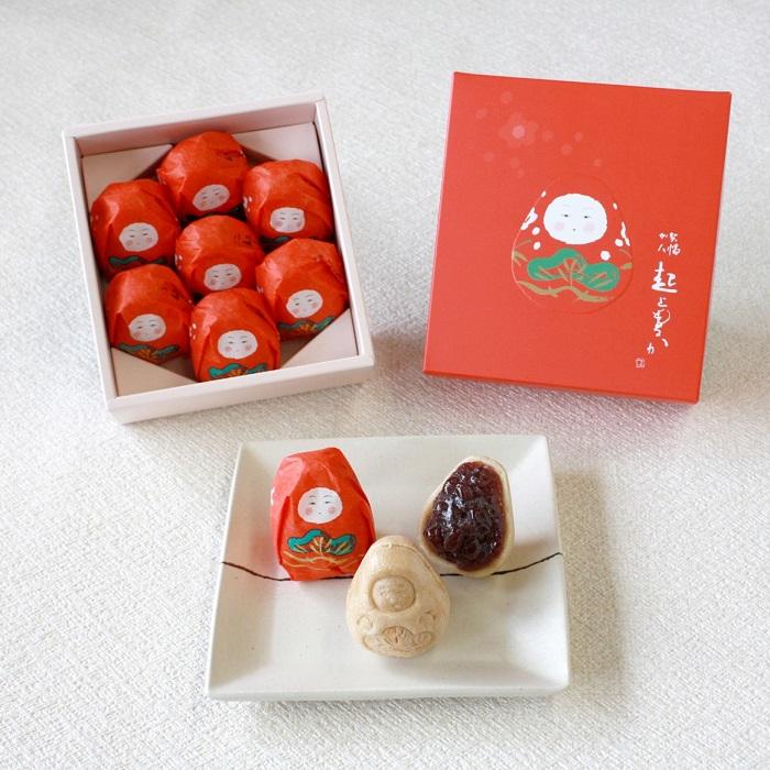 チャーミングな最中の正体は、福を呼ぶ金沢の伝統人形