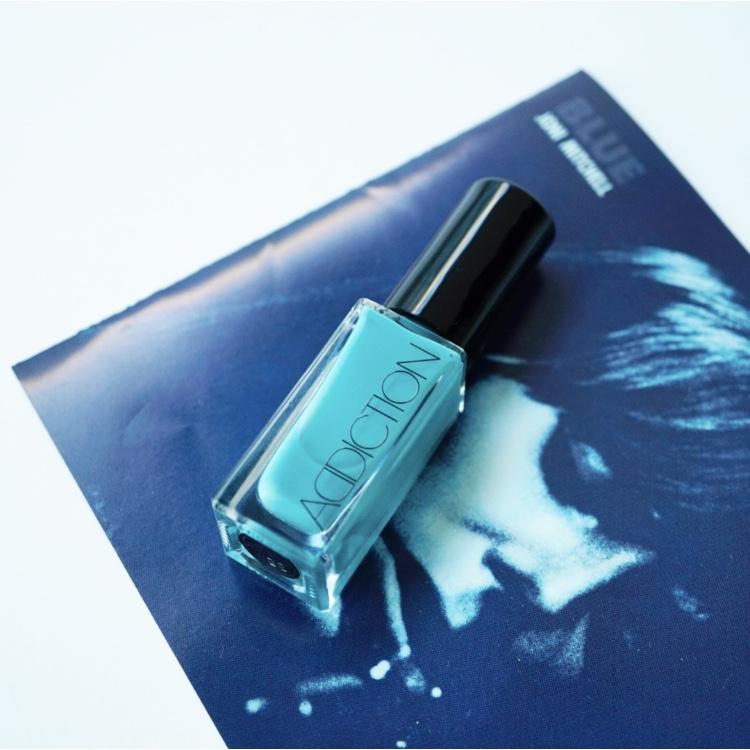 ブルー、といえばこの名盤。ジョニ・ミッチェル「BLUE」
