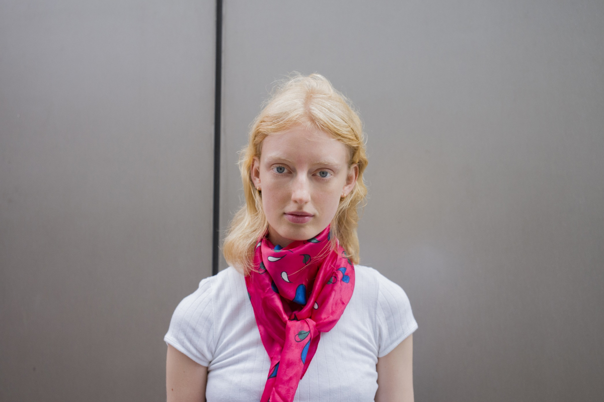 promo code f69f4 097e0 グッチ常連モデルの別の顔は、テキスタイルデザイナー! -Laura ...