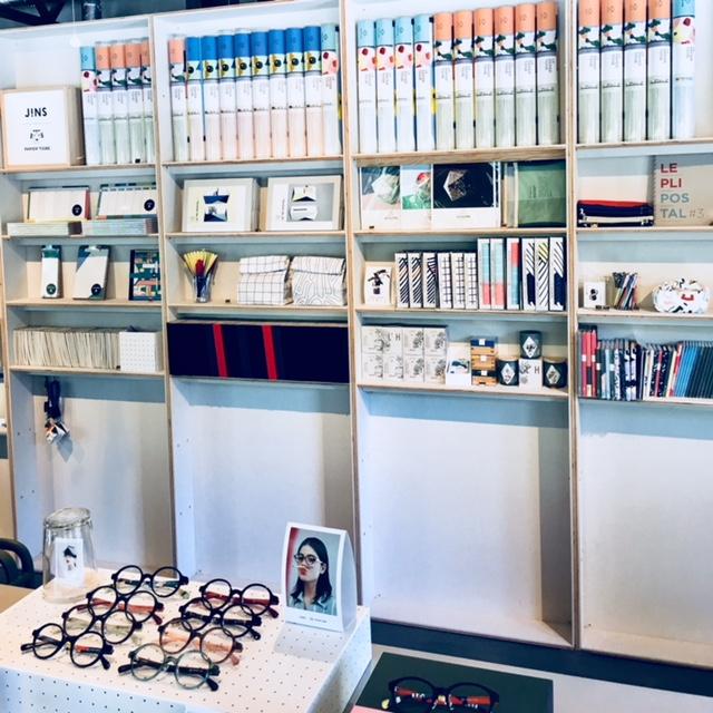 展示会は、日本橋のパピエ ティグルのお店で。あれこれつい買いたくなるかわいい文房具がいっぱい