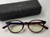 「このメガネ、ジャスパー・モリソンデザインなんです」と言いたくなる眼鏡
