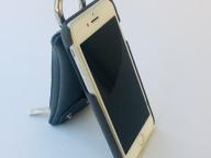 AjewのiPhoneケースは「大きい財布」派の味方です。