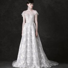 NOVARESE モードな花嫁のためのドレス vol.18