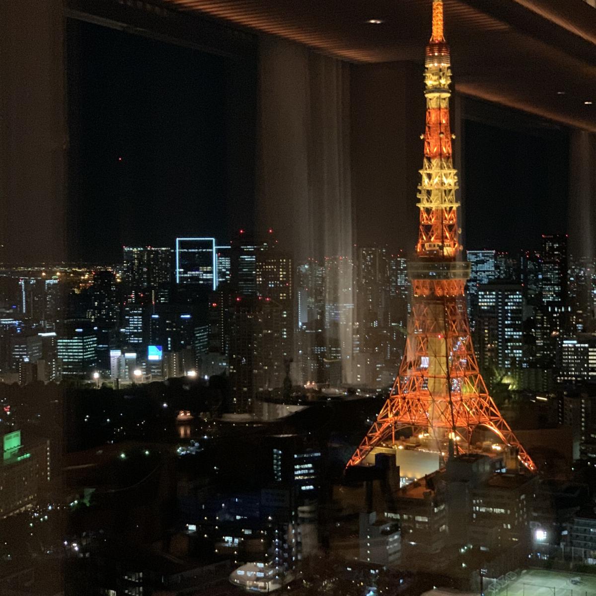 東京タワーの見える席は要予約で!
