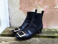 """ロジェ・ヴィヴィエのブーツは""""いい買い物"""""""