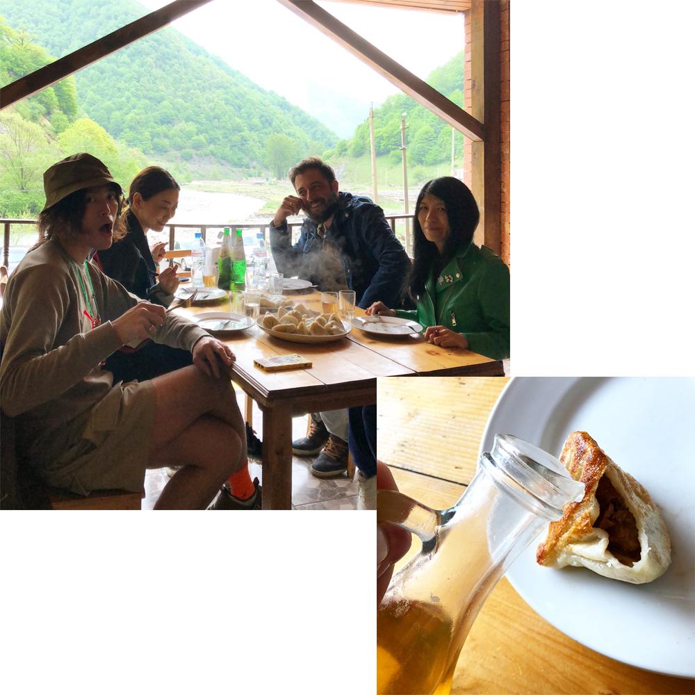 (左上)一緒に訪れた●●と●●とエディター、乗松美奈子さん