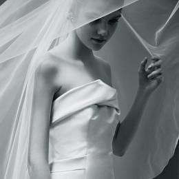 NOVARESE モードな花嫁のためのドレス vol.1