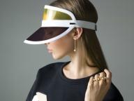 フェンディが新作ファッションジュエリー「クリスタル ワンダーズ」を発表
