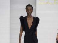 サルヴァトーレ フェラガモのブラックドレス