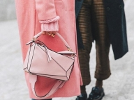モードなSAKURAピンクを着こなしにプラス!