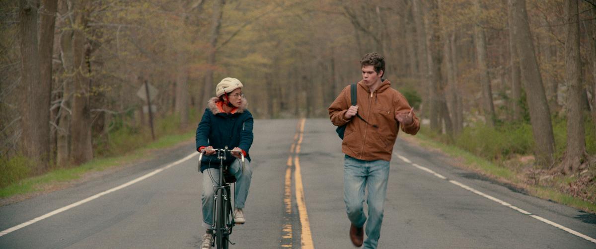 Netflix映画『ハーフ・オブ・イット:面白いのはこれから』独占配信中