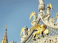 シャネルが、マドモアゼルに縁のあるサンマルコ大聖堂の修復を支援