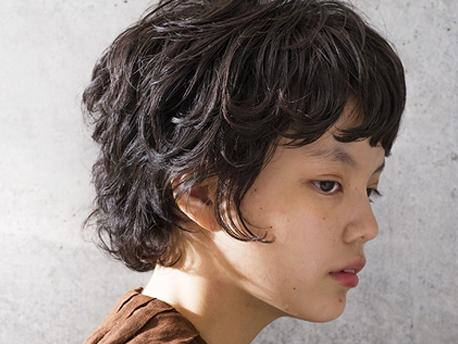 【Cocoon】女性らしさのあるボーイッシュなクセ毛風